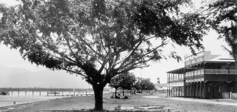 Panoramic view of the Cairns waterfront from the 1920s
