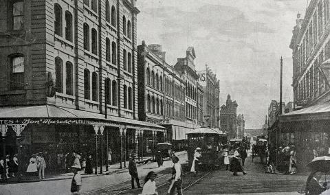 View of a busy Adelaide Street, taken in 1923