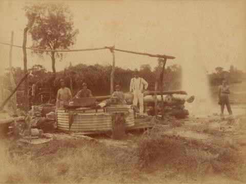 "QSA DID 2998: ""Beel's"" bore at ""Hariman Park"", Cunnamulla District, c 1895"