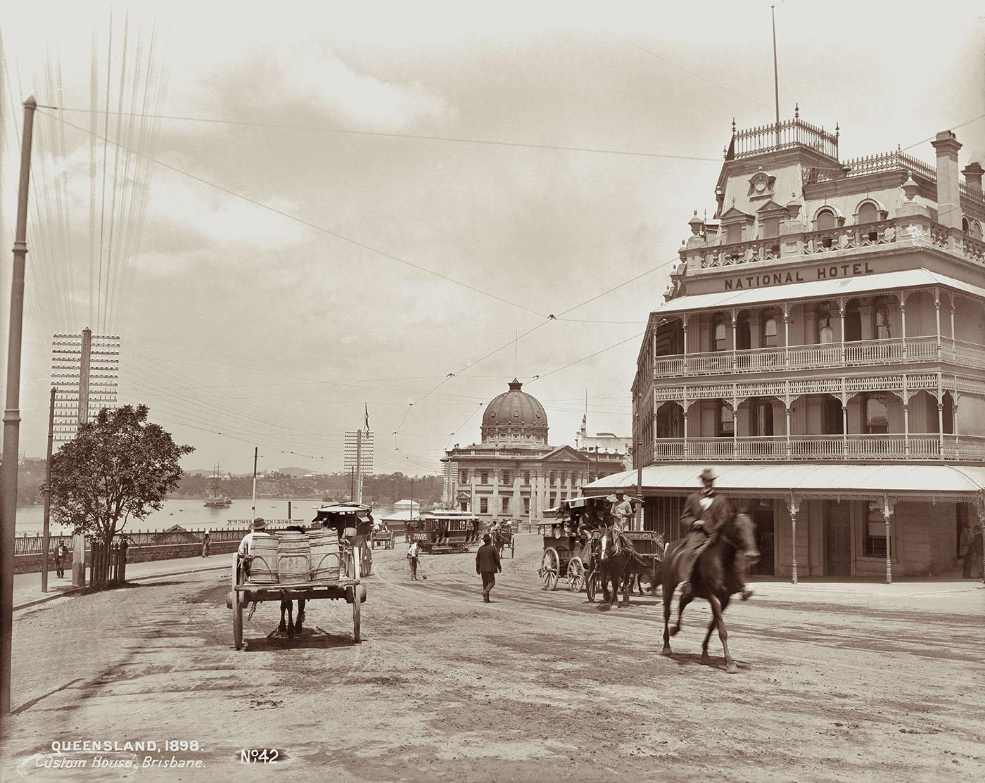National Hotel at the corner of Queen Street and Adelaide Street, 1898