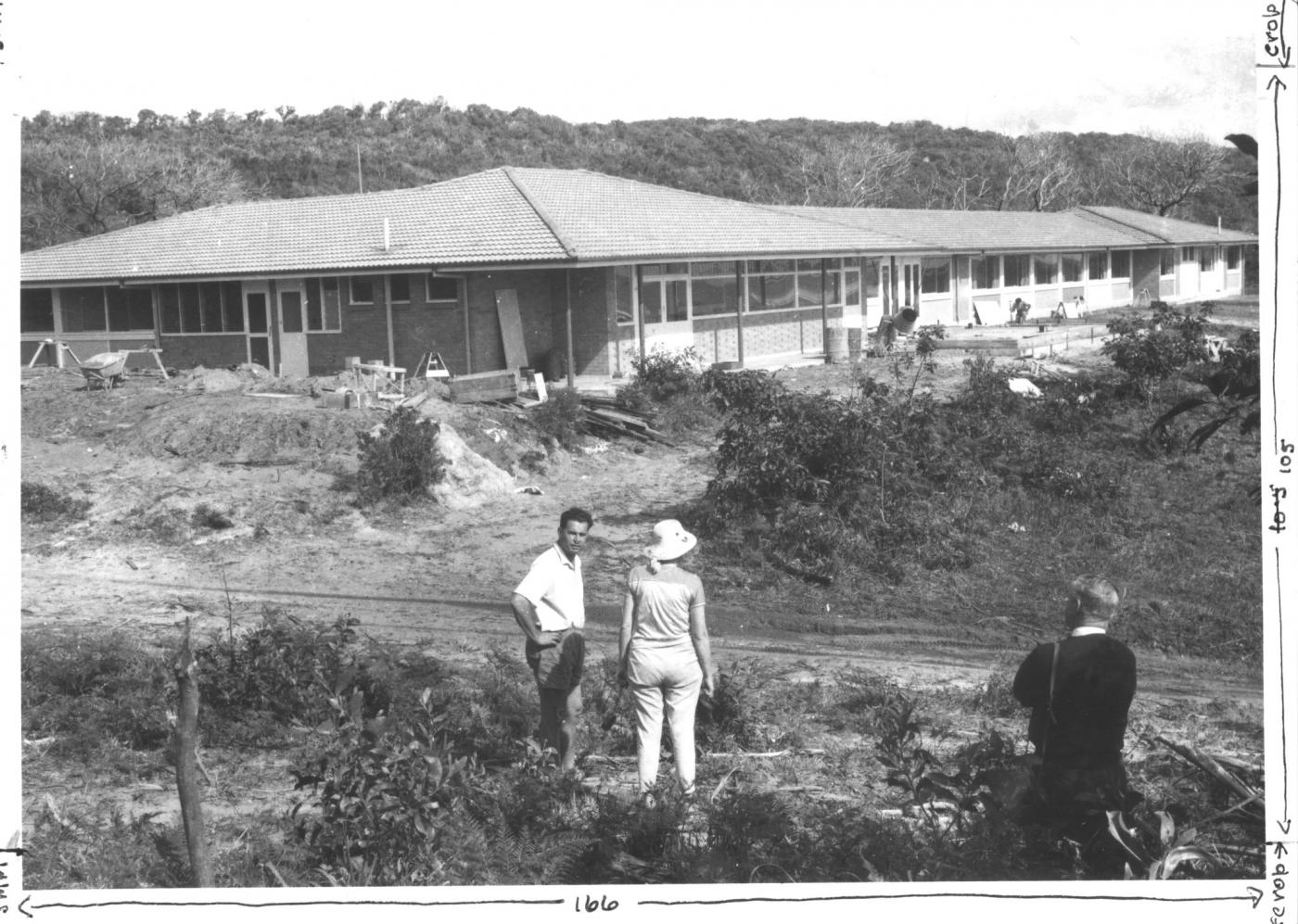 Black and white photograph of the Stradbroke Hotel