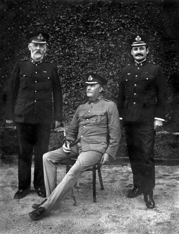 Inspector 2/C Geraghty, Commisioner Cahill, Chief Inspector Urquhart