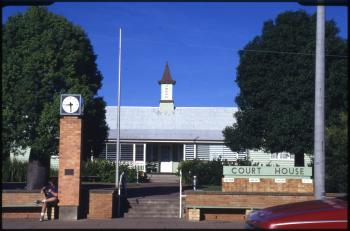 Gayndah Court House